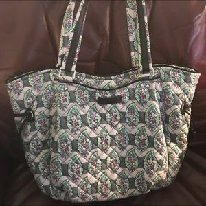 Vera Bradley Glenna Large Shoulder Bag.